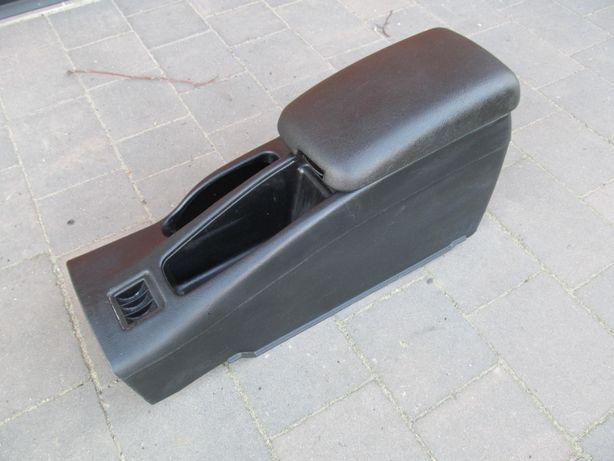 Podłokietnik do Mitsubishi Colt cjo cj0 95-03r