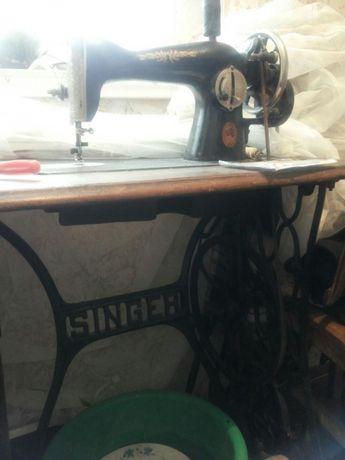 Продаю швейную машинку Singer