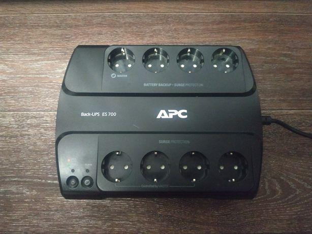 Источник бесперебойного питания UPS APC Back-UPS ES 700VA