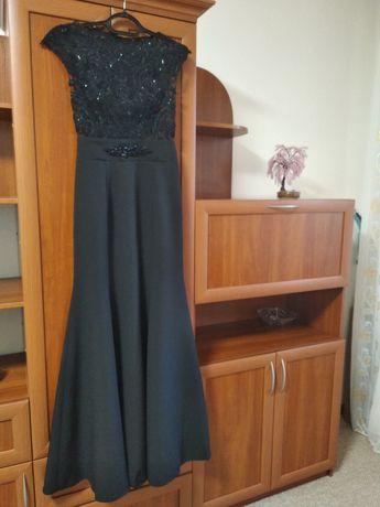 Платье брендовое, вечернее на 42-44р