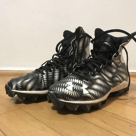 Бутси Under Armour і Nike