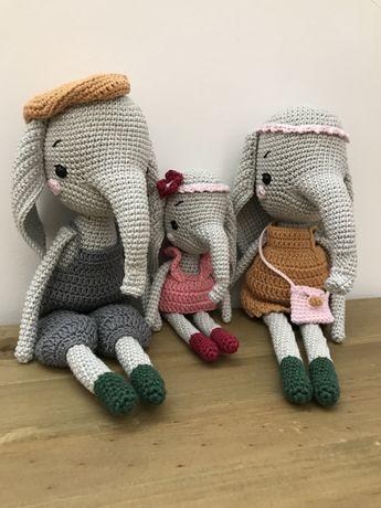 Elefantes em crochet / amigurumi