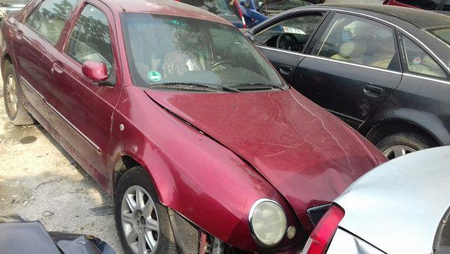 Lancia Lybra na części