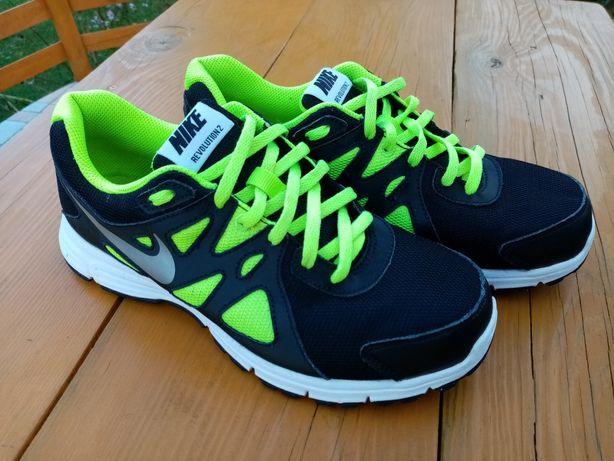 Buty Nike r. 38,5