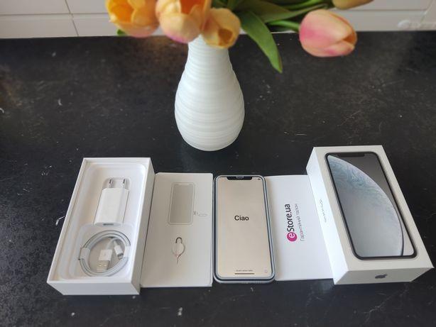 Продам свой iPhone XR 64gb