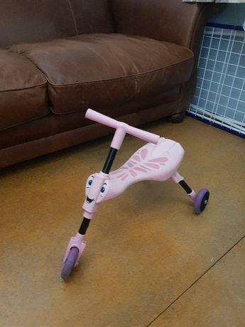 Trójkołowy Pojazd różowy