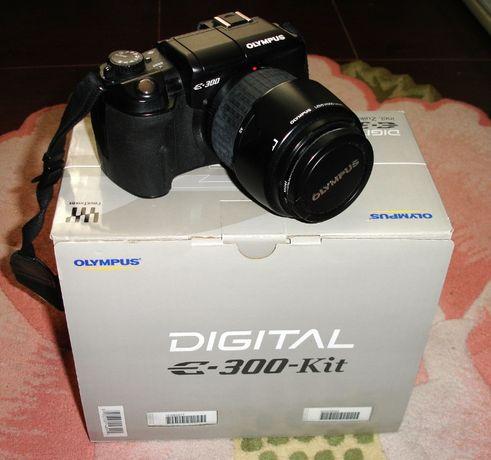 Зеркальная фотокамера Olympus E-300