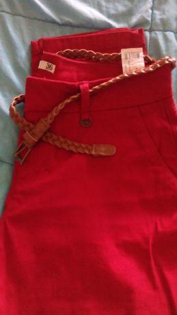 Calças Vermelhas - Novas