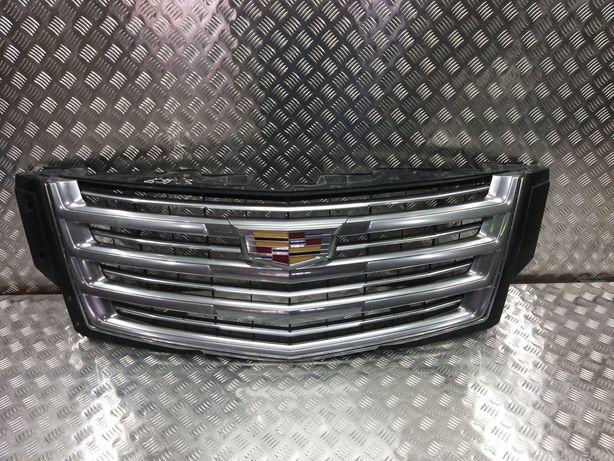 Решетка радиатора на Cadillac Escalade 4 2015г
