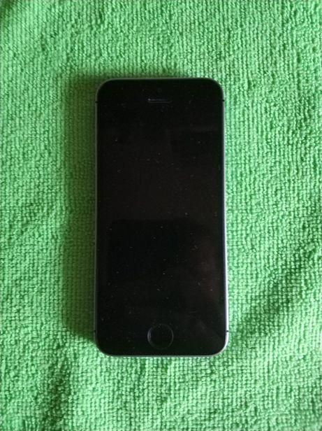Продам Apple Iphone SE 32GB, space gray