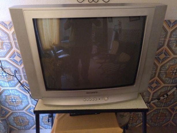Televisão Samsung 63 cm