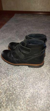 Шкіряні ортопедичні осінні черевики  37 р. для хопця