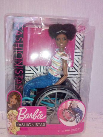 Барби йога в инвалидном кресле Barbie made to move