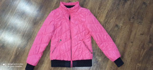 Женская осенняя курточка 44 размер
