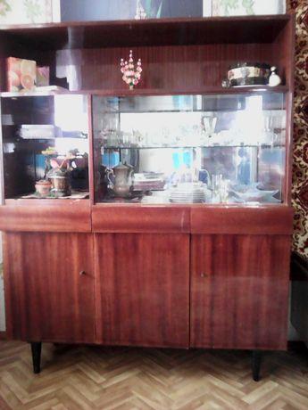 Срочно! Мебель советского образца, б/у, в наборе. Торг.