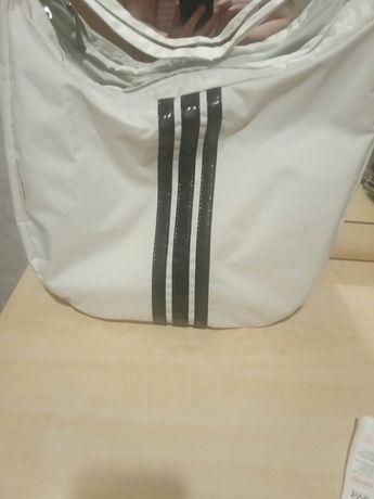 Продам спортивную сумочку
