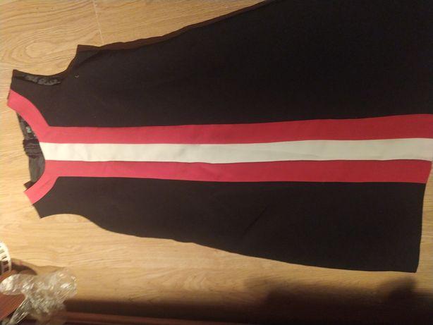 Sukienka czarna z wstawkami