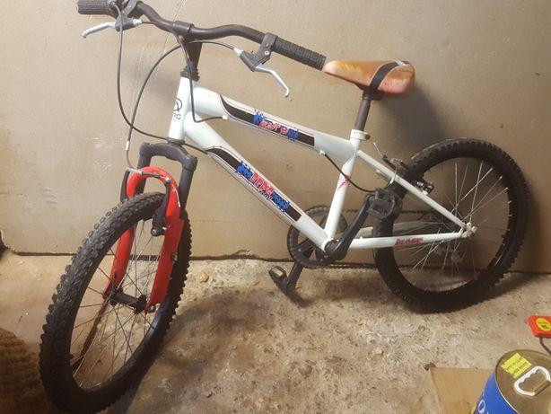 Bicicleta  BERG roda 20 com mudanças