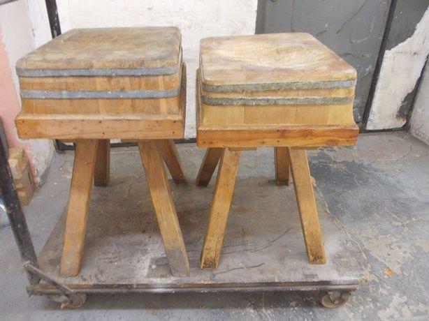 Stare drewniane kloce masarskie rzeźnicze