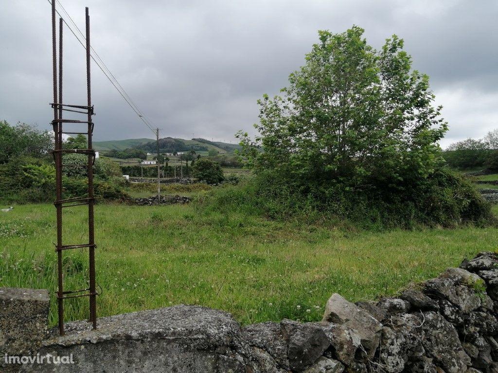 Prédio Rústico sito na Ribeira Seca Vila de São Sebastião