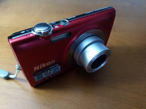 Maquina fotográfica Nikon COOLPLIX S2550