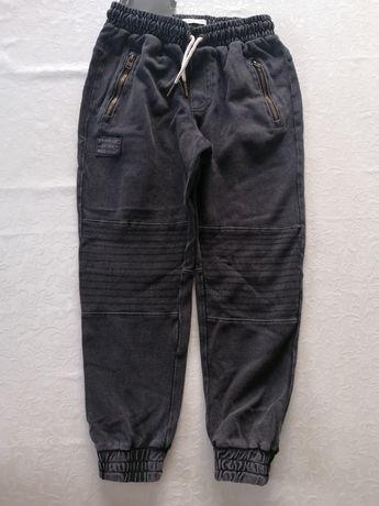 Spodnie chłopięce nowe Reserved