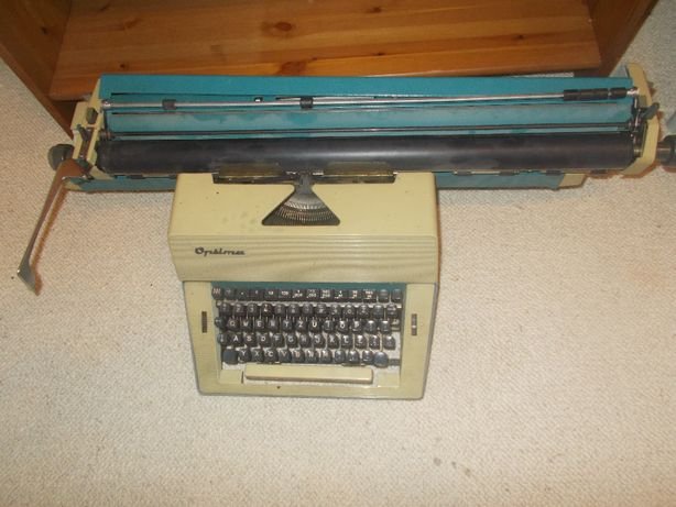Maszyna do pisania-stara