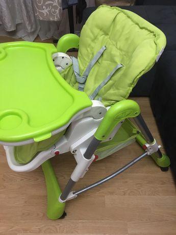 Крісло-стіл дитяче.