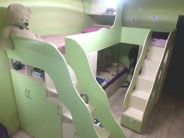 Детская комната, трёхместная кровать, кровать для 3-х детей