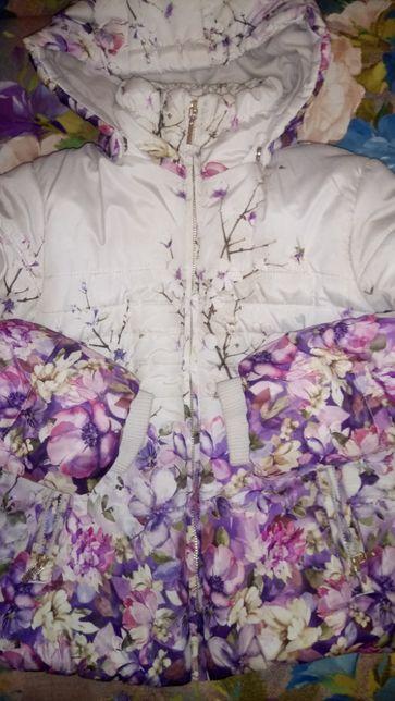 Демисезонная теплая курточка Mayoral, девочка 5-7 (осень весна)