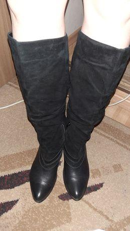 Черные замшевые высокие сапоги на байке
