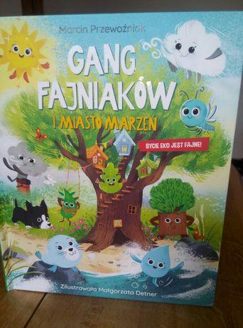Książka Gang Fajniaków i miasto marzeń