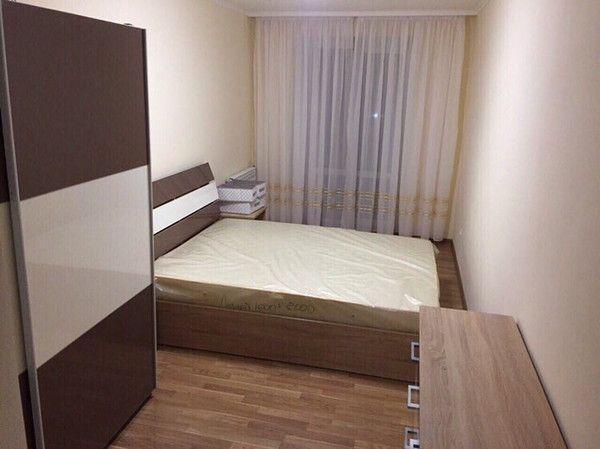 Сдам 3- квартиру в центре (для семьи или можно для 3-5 мужчин )