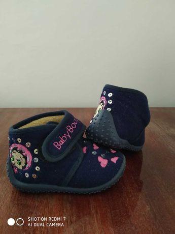 Взуття дитяче до року