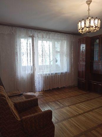 Оренда 2-ох кімнатної квартири на вул. Відродження