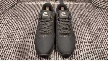 красовки Nike Air Max Tavas Special Edition