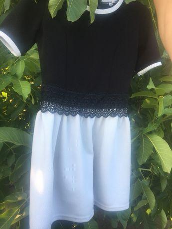 Черно- белое платье