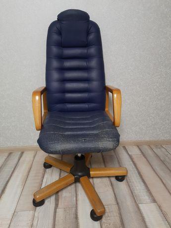 Продам крісло, стан на фото