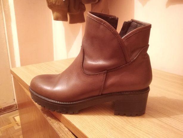Осінні черевики ботинки. Ціну знижено!