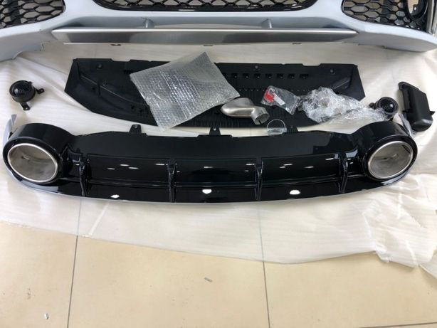 Диффузор с насадками для Audi A4 B8 RS4, A6 C7 RS6, A7 RS7 Бампер и др