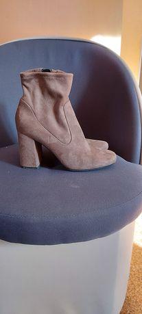 Kozaki Graceland zamszowe koloru brąz
