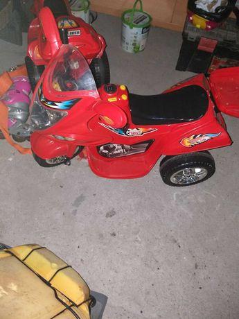 Sprzedam motorki na akumulator