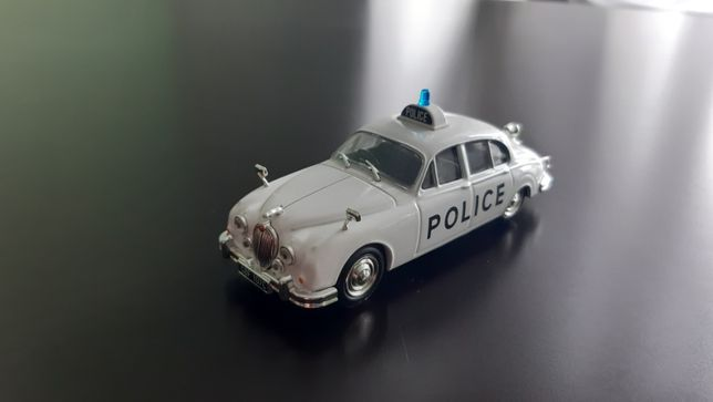 Jaguar MkII Police. Масштаб 1:43