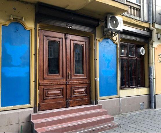 Оренда магазину (приміщення) в центрі Львова (біля ТРЦ Форум)