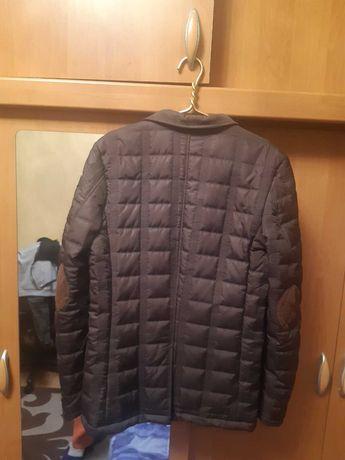 Продам подростковую курточку.