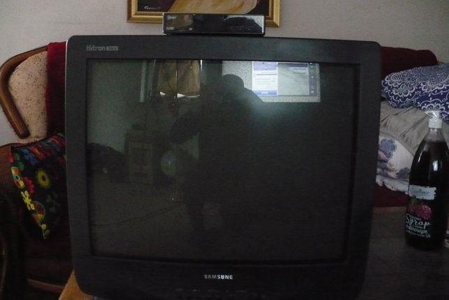 Telewizor 21 cali z dekoderem