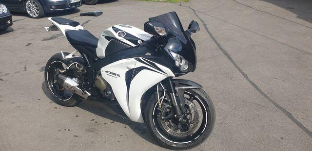Honda cbr 1000rr sc59