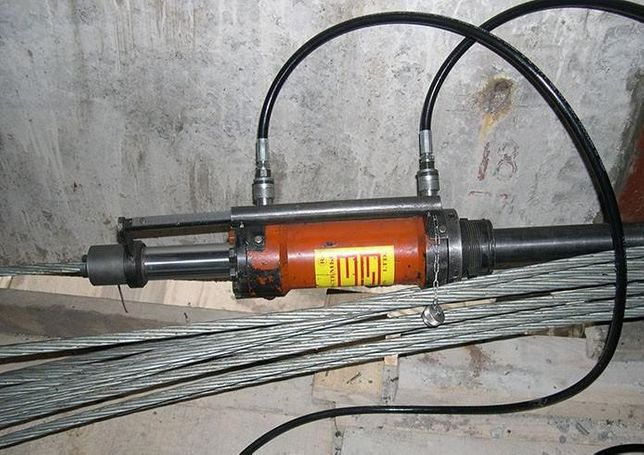 Аренда гидравлический домкрат ДН 1 для натяжения арматурных канатов