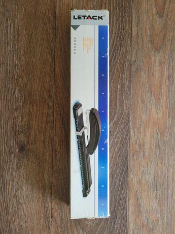 Степлер металевий 3688LA TM Letack