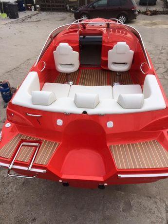 Czerwone Ferrari na wodzie - Cortina 620 Sport mboats